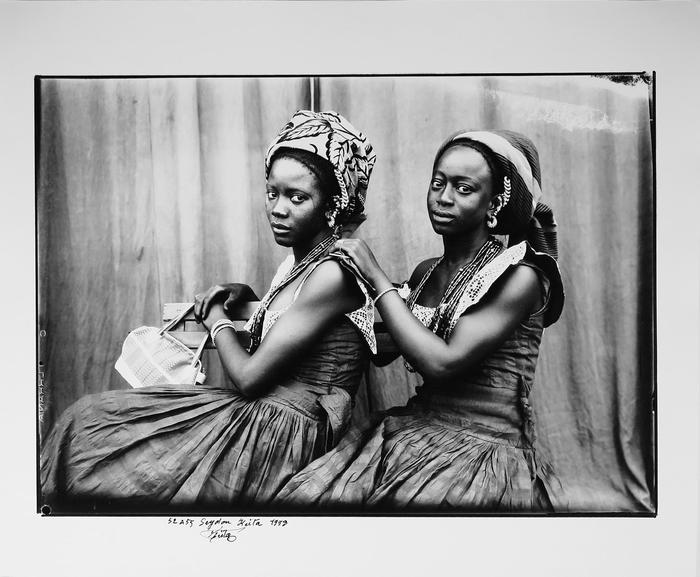 Seydou Keita, Sans titre, 52 à 55 © Seydou Keita SKPEACCourtesy Galerie MAGNIN-A